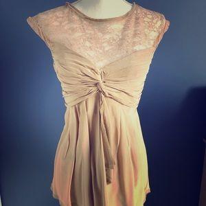 BCBG Maxazria Silk & lace shirt size 4